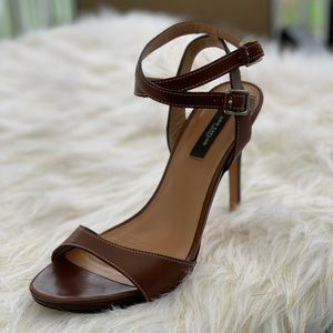Ann Taylor leather strappy sandal heels 8.5